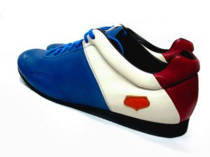 chaussures bleu blanc rouge